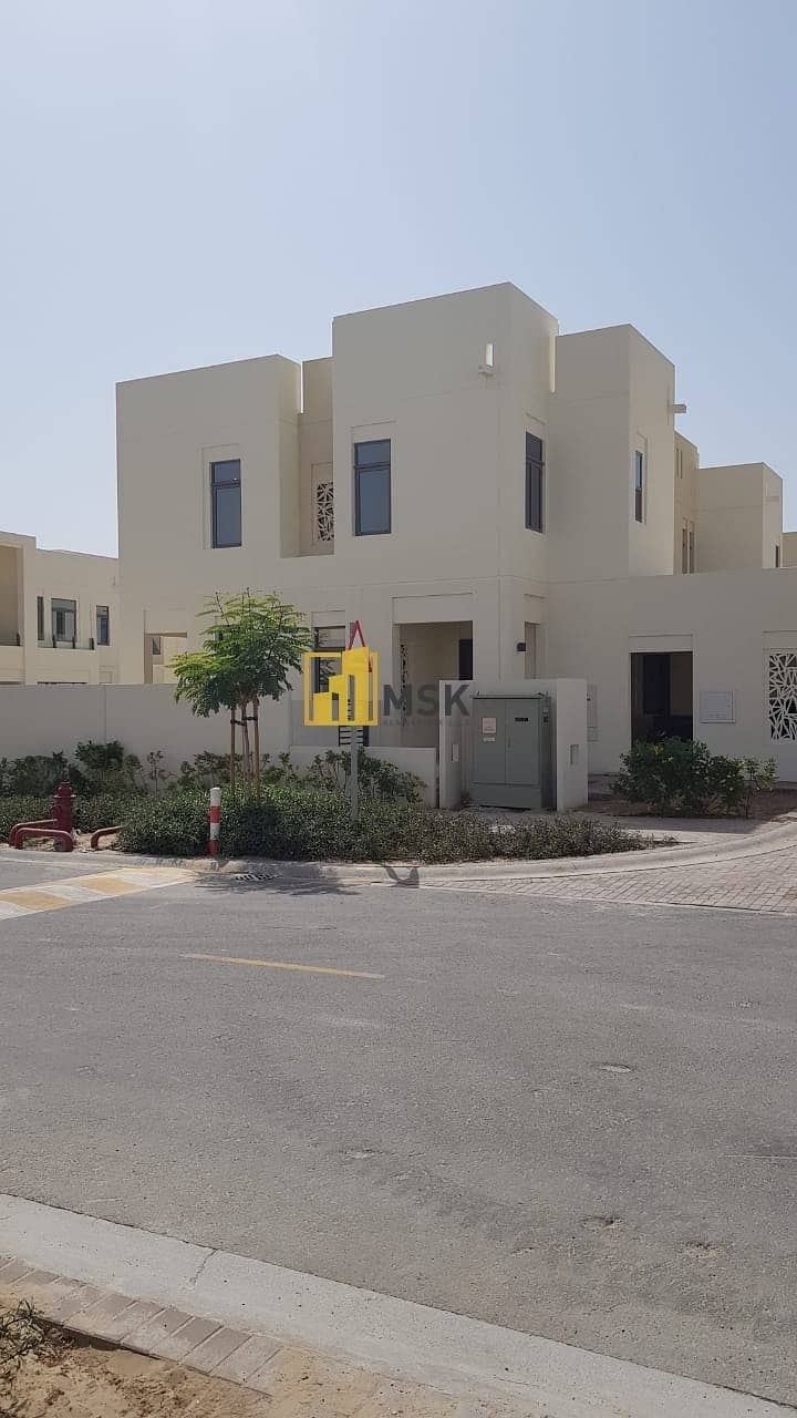 Classy 4 Beds Townhouse l Contemporary Design l Mira Oasis - Reem