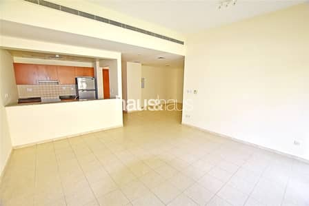 3 Bedroom Apartment for Rent in The Greens, Dubai - Chiller Free | Unfurnished | Large Layout