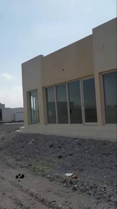 Shop for Rent in Maleha, Sharjah - OFFER - Shops for Rent, No Security Dep/ No Sewa Dep. Only 5000/- p. a. details in description. . .