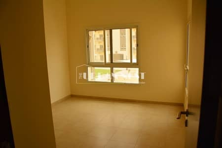 2 Bedroom Apartment for Sale in Remraam, Dubai - Great price for two bedrooms in a nice location