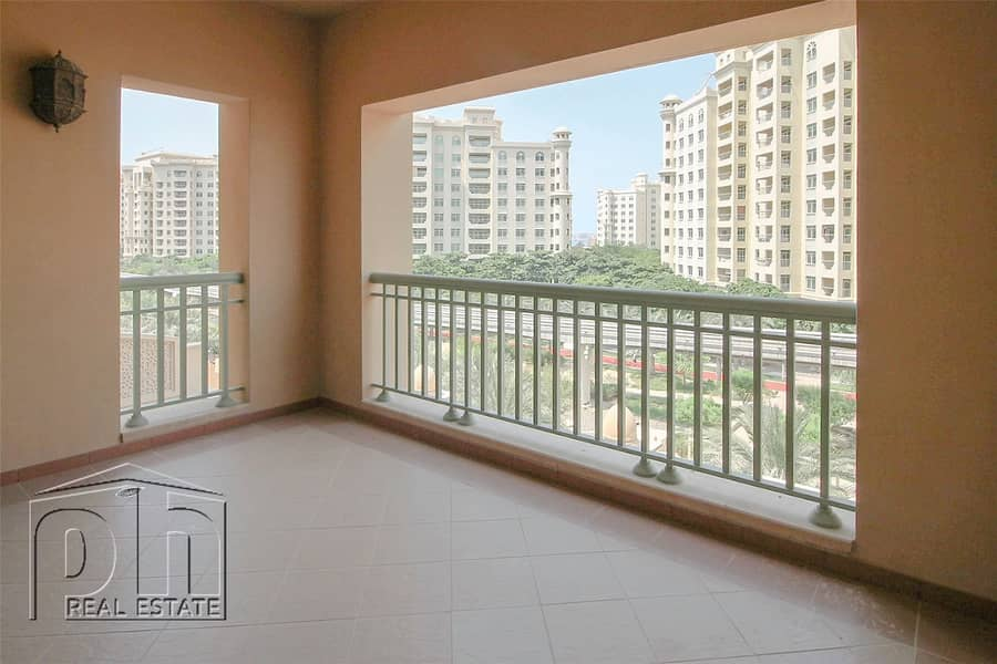 2 Immaculate   Spacious Apartment   Ready to Move