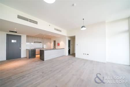 Brand New | 3 Beds Apartment | Lake View