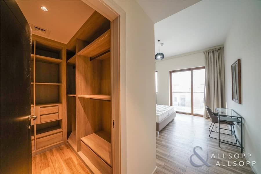 10 Brand New   2 Beds Apartment   Lake View