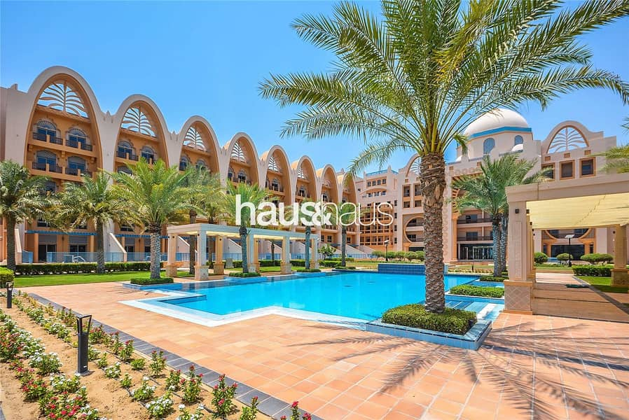 10 3BR with full sea views | No agency fee | View now