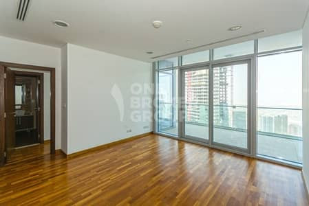 شقة 1 غرفة نوم للبيع في مركز دبي المالي العالمي، دبي - High Floor | Well Maintained Unit | Sea View