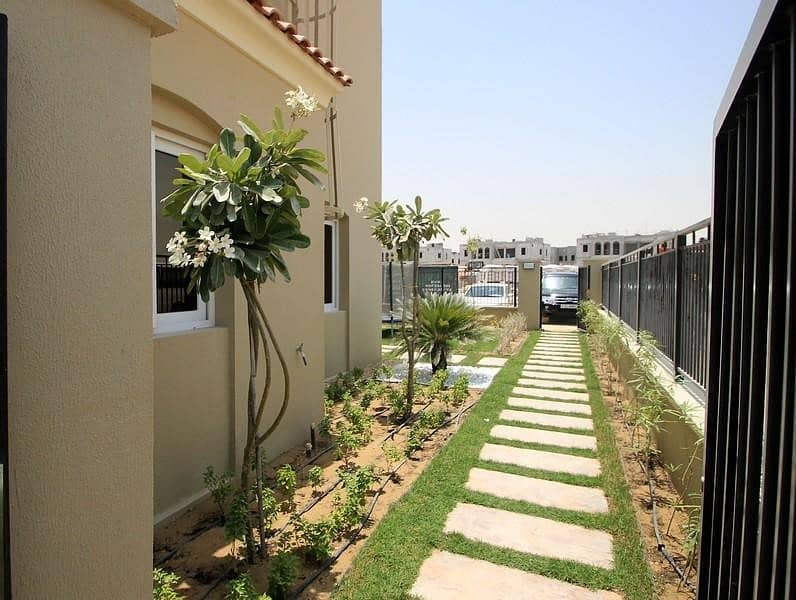 2 75% post handover in 5Yrs | | 0% DLD fees| Spanish style townhouses