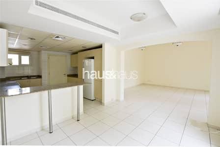 فیلا 3 غرفة نوم للايجار في البحيرات، دبي - Zulal | Beautifully maintained | Call Isabella Now