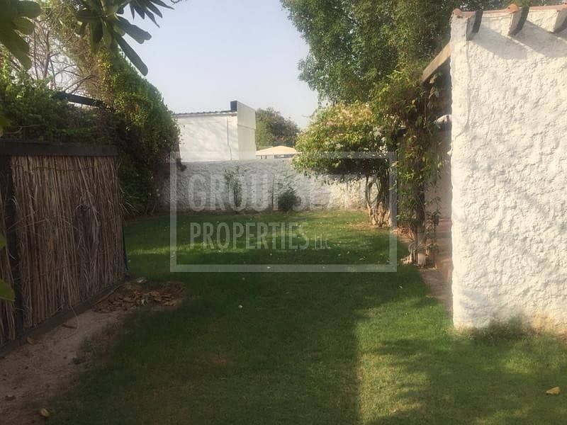 15 3 BR Villas for rent in Jumeirah with Pool