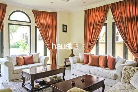 4 Bedroom Villa for Rent in Palm Jumeirah, Dubai - Available | Large Terrace | Flexible Cheques