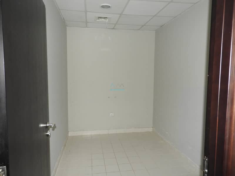 10 Last Option _Spacious 3BR+Maids Room+Store