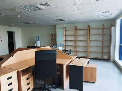 مکتب  للبيع في أبراج بحيرات جميرا، دبي - Large  Fitted Office For Sale in JLT