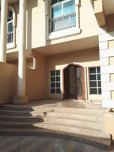 استوديو  للايجار في شارع المطار، أبوظبي - شقة في شارع المطار 36000 درهم - 4238722