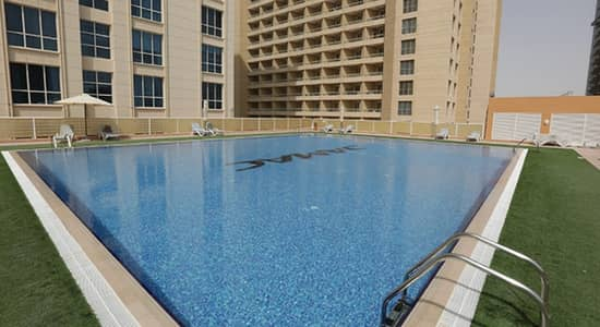 Studio for Rent in Dubai Production City (IMPZ), Dubai - UNFURNISHED STUDIO WITH PARKING LAGO VISTA 500 SQFT 15TH FLOOR
