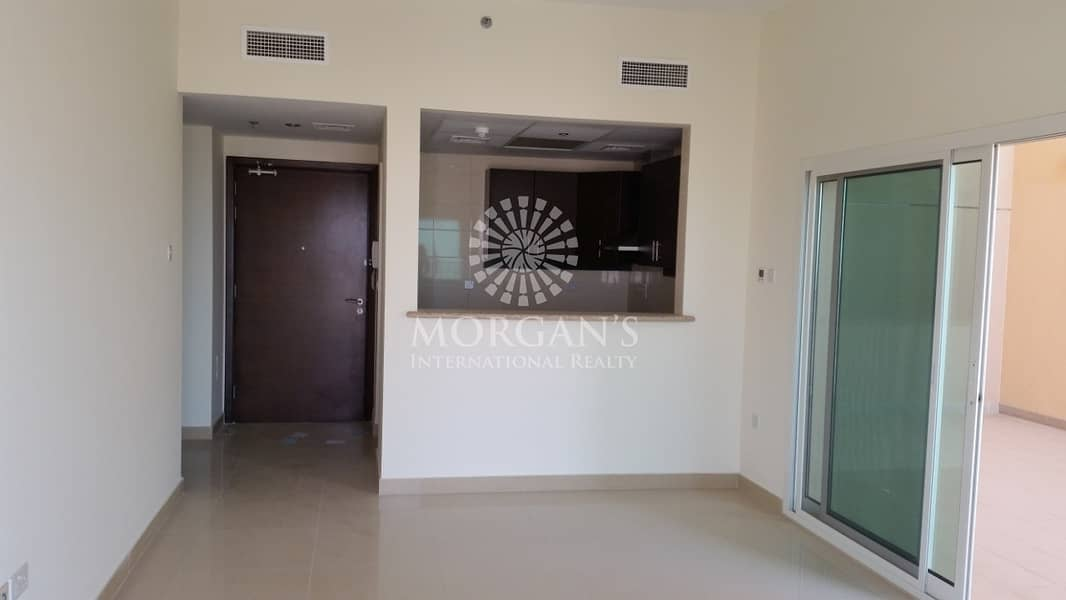 High Floor 1BR with huge terrace for sale