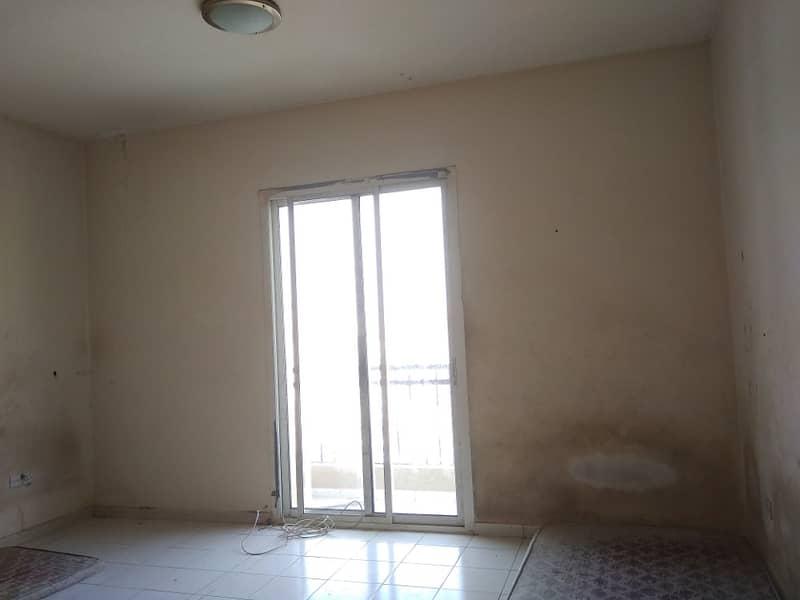 شقة في طراز اليونان المدينة العالمية 22000 درهم - 4239041