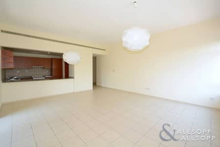 2 Bedroom Apartment for Sale in The Greens, Dubai - Large | 2 Bedrooms | Pool and Garden Views