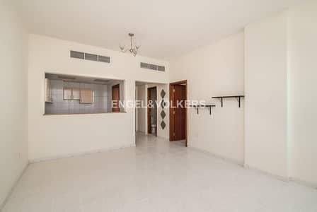 1 Bedroom Apartment for Rent in International City, Dubai - Spacious|Perfect For Families|Good Location