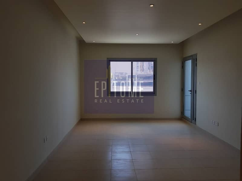 2 Offer On Spacious 1 BR With Marina View