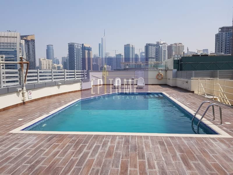 10 Offer On Spacious 1 BR With Marina View