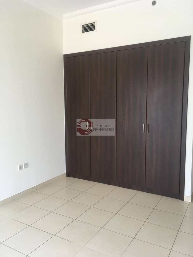 1 BEDROOM HIGH FLOOR WITH 2 PARKING in Churchill Residential Tower for Rent