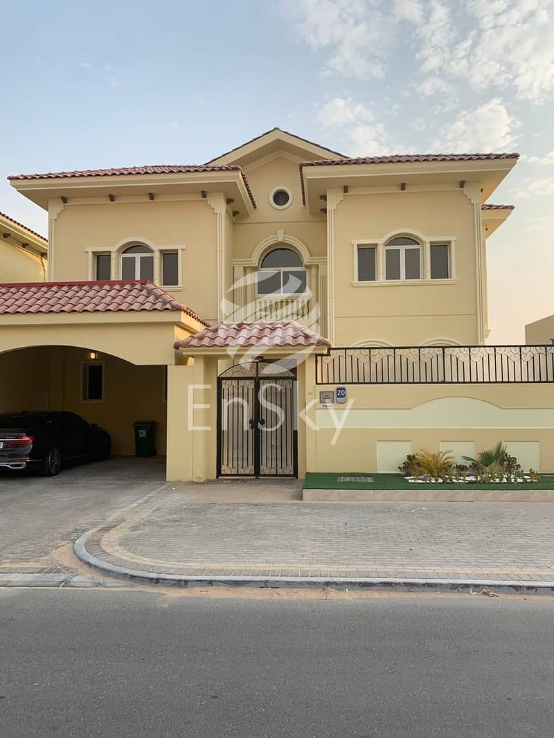 Upgraded Villa with Great Finishing for Sale!