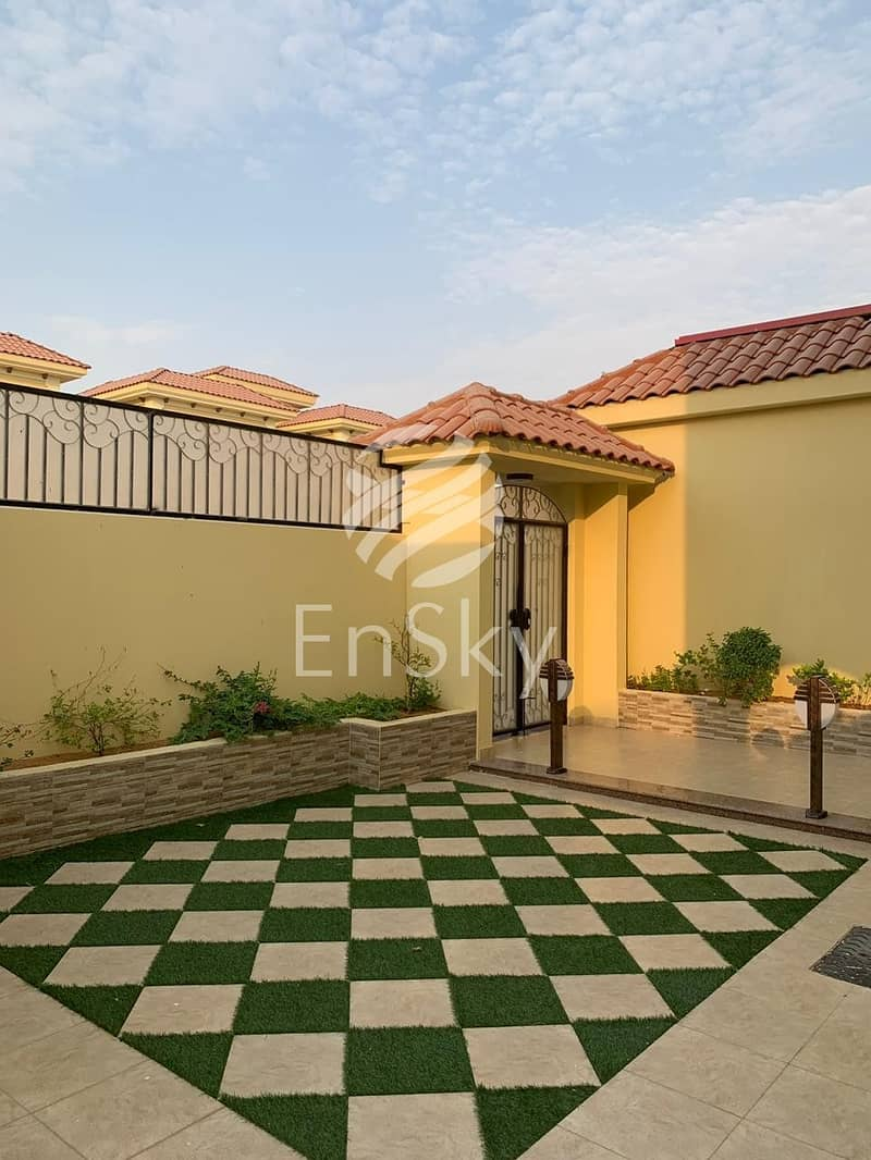 2 Upgraded Villa with Great Finishing for Sale!