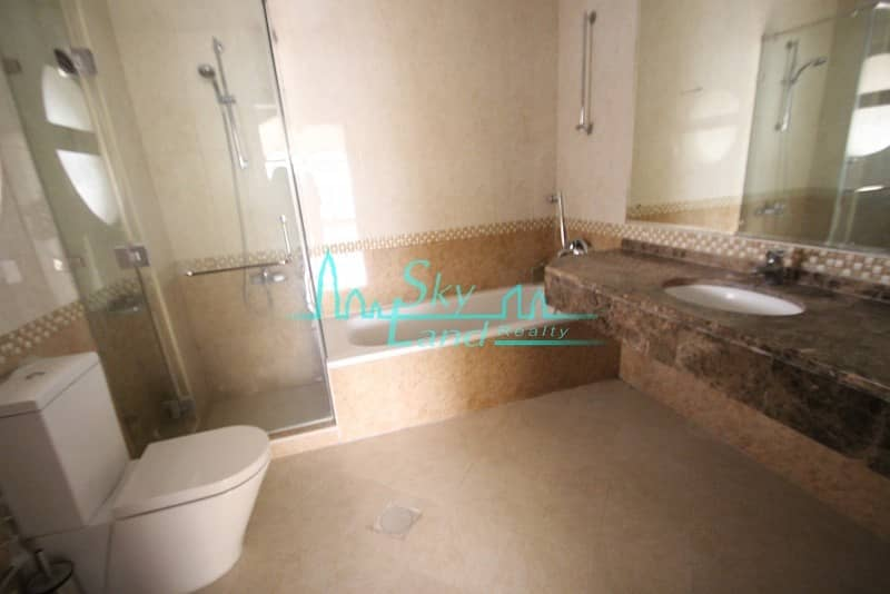 21 LOVELY SPACIOUS 5 BED SHARED POOL GYM UMM SUQEIM 1