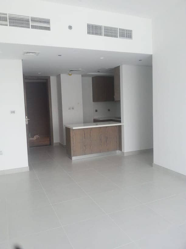 58k 4CHQ 2 Bedroom Maid MontRose Tower