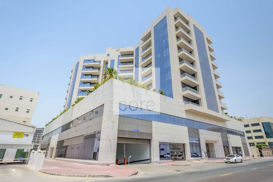 15 Available Full Floor   Shell and Core Unit
