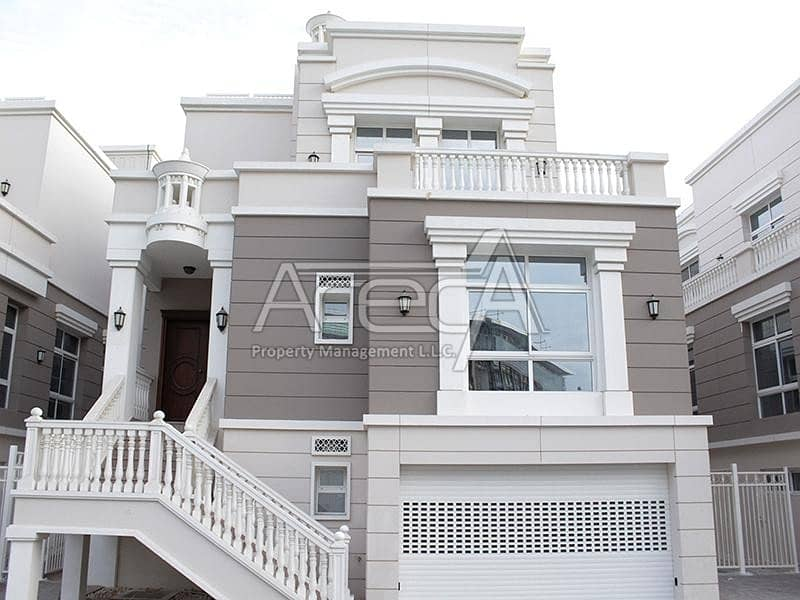 Ultra Modern 4 Bed villa with So Much Space