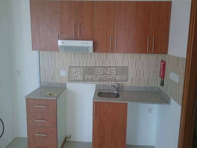 2 Well Maintained 1br I Unfurnished I Middle Floor