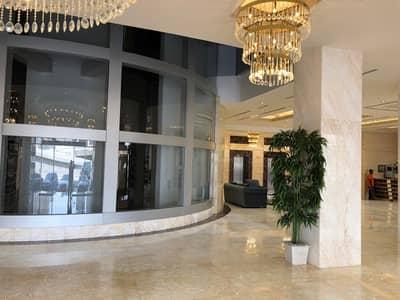 شقة 2 غرفة نوم للبيع في شارع الشيخ مكتوم بن راشد، عجمان - برج  كونكيور يقدم  شقق فاخرة  مع تشطيبات وتصاميم  معاصرة ووسائل راحة استلام فوري بمقدم 38000