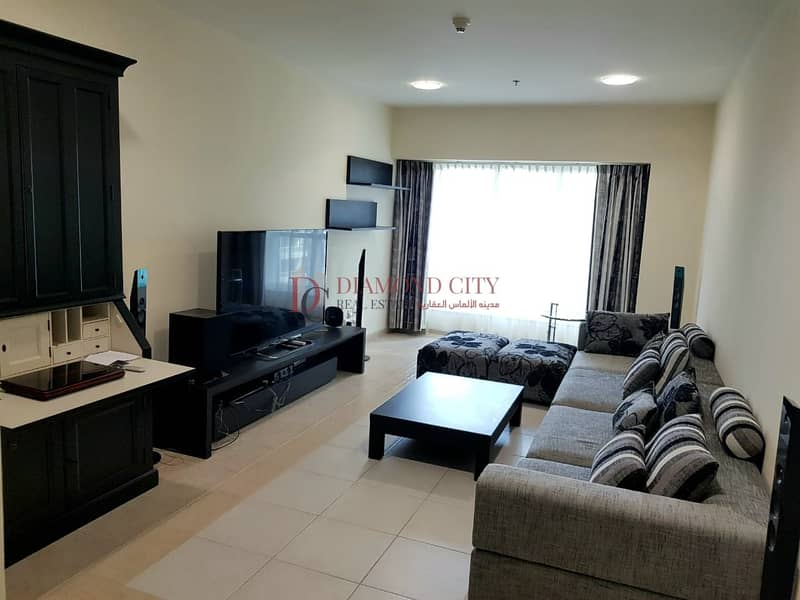 2 Fully Furnished | HIgh floor | 4 Cheques