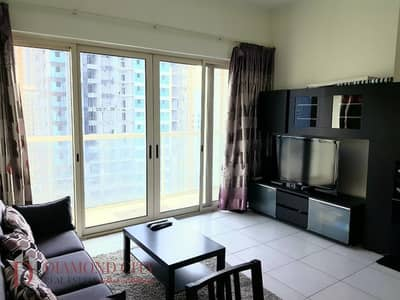 Close to beach * Fully Furnished * Spacious *