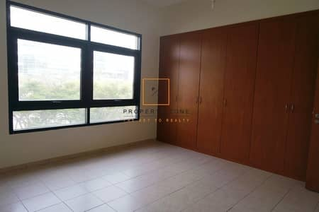 3 Bedroom Flat for Rent in The Views, Dubai - Bright 3 BR + Laundry  I Excellent Location