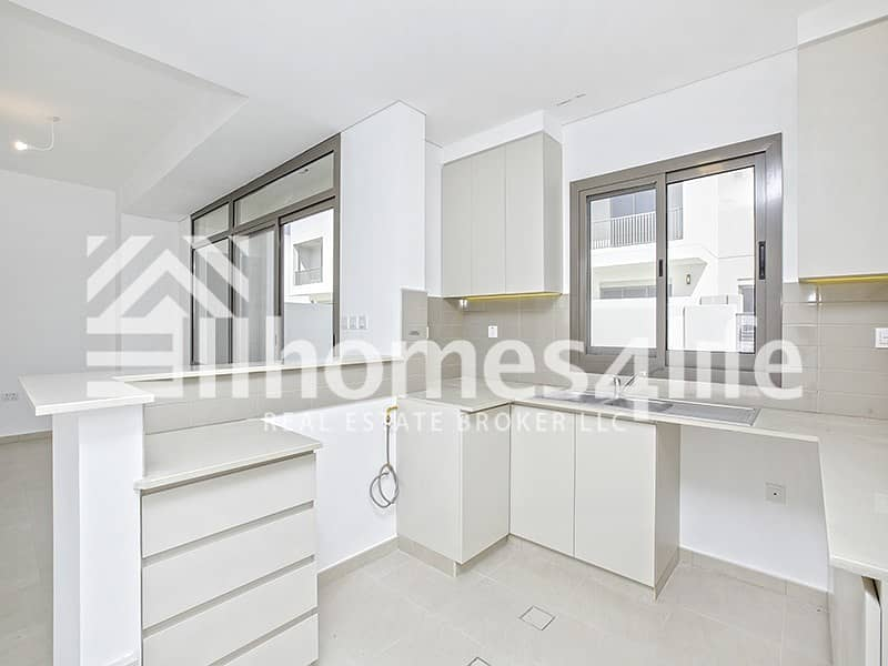 2 Close to Pool | Vacant | Motivated Seller