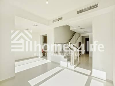 Corner Plot | Vacant |Townhouse with Study+Maid