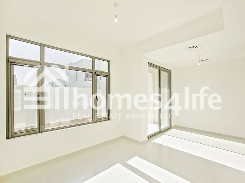 2 Corner Plot | Vacant |Townhouse with Study+Maid