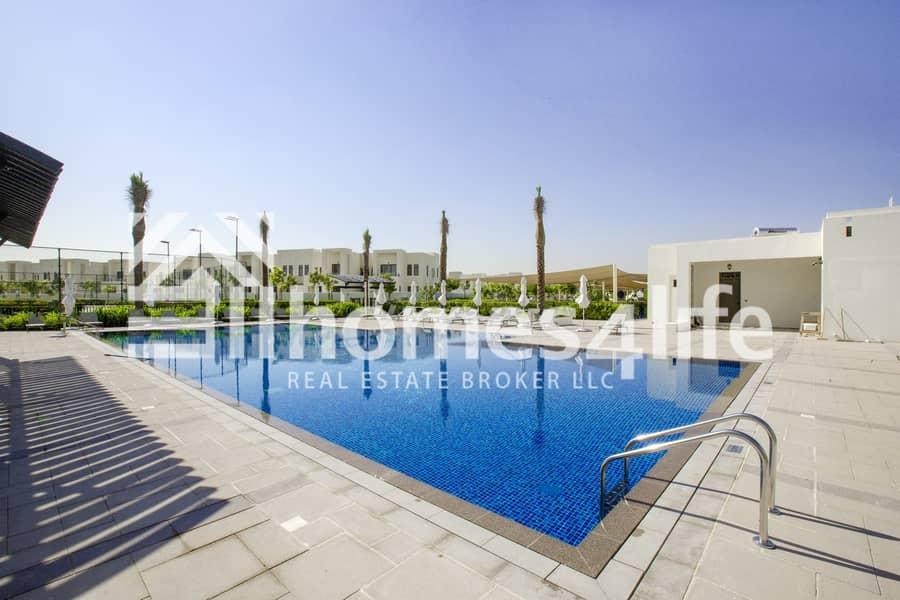 20 Great Location | Opposite pool and park | Type E