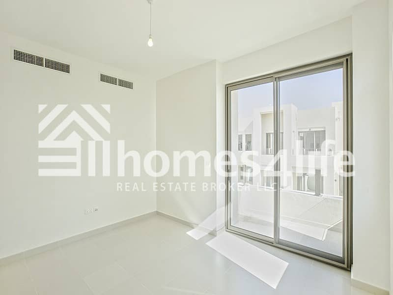 Close to Pool and Park |Brand New Townhouse