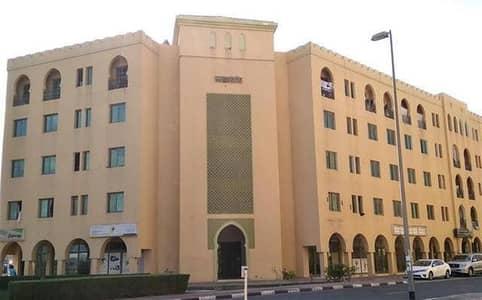 فلیٹ 1 غرفة نوم للايجار في المدينة العالمية، دبي - شقة في طراز فارسي المدينة العالمية 1 غرف 30000 درهم - 4206969