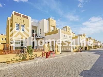 Fully Vastu compliant single row big plot Villa