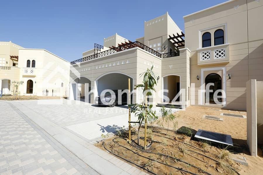 2 Immaculate Type B 4 Bedroom Villa in Naseem