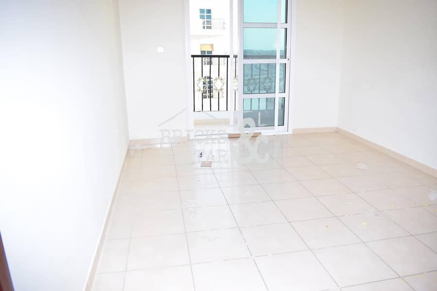 2 Kitchen Appliances | Great Value 1 Bed