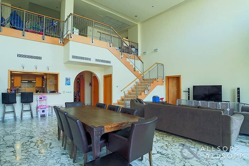 Exclusive Penthouse | Large Type H | 4 BR