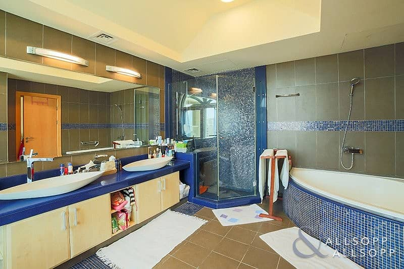 10 Exclusive Penthouse | Large Type H | 4 BR