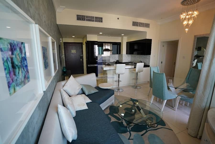 LUXURIOUS 1 BEDROOM SERVICE APARTMENT IN DAMAC THE SIGNATURE 5 MINS FROM DUBAI MALL