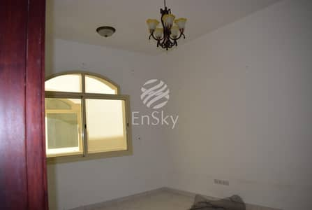 6 Bedroom Villa for Rent in Khalifa City A, Abu Dhabi - Amazing villa in prime  Location