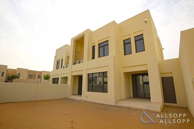 2 4 Bedrooms   Mira Oasis 1   Available Now