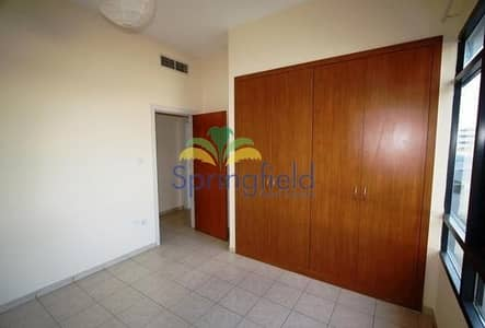 3 Bedroom Flat for Rent in The Greens, Dubai - On Low Floor | Pool View | Unfurnished
